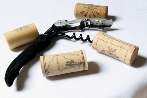 ワイン七つ道具の一つ?ワインオープナー(栓抜き)のあれこれ