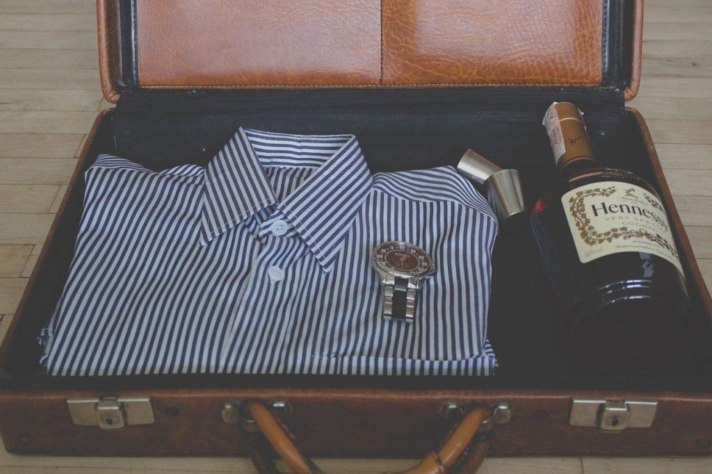 suitcase-918447_1280